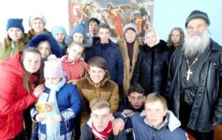 Школьники из Коммаяка побывали в храмах города Зеленокумска, сёл Краснокумского и Отказного